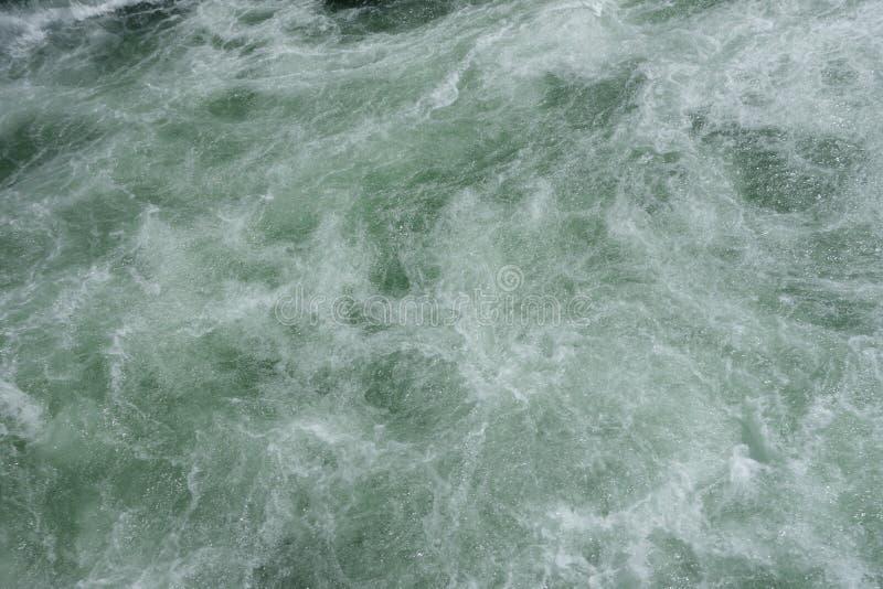 Намочите пениться от водопада на гранд-каньоне yellowstone стоковые фото
