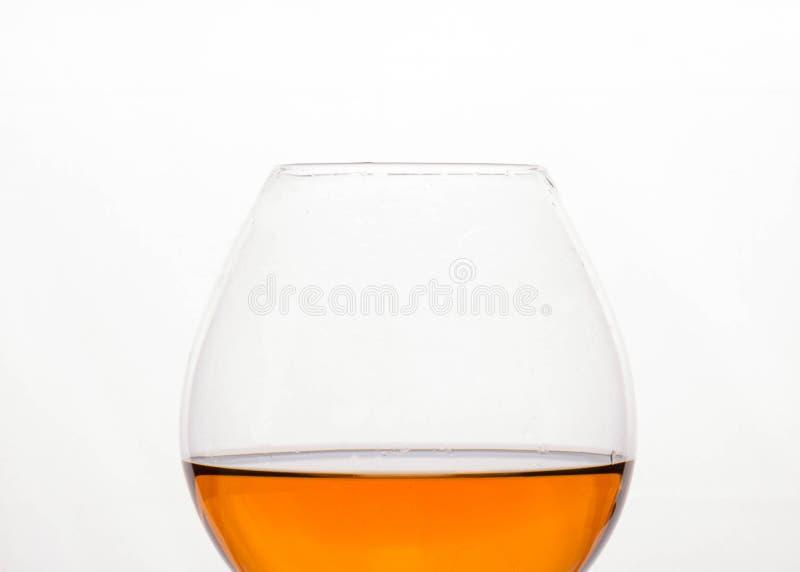 Напиток алкоголя Брауна в кристаллическом стекле стоковые изображения rf