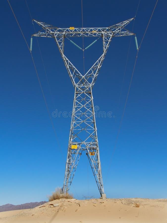 напряжение тока высокой башни стоковая фотография