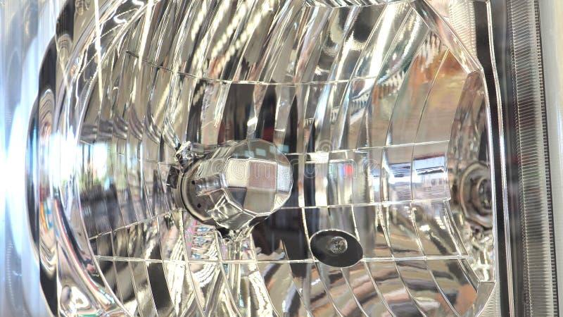 Напряжение тока шариков галоида 24 фар светлое стоковые фото