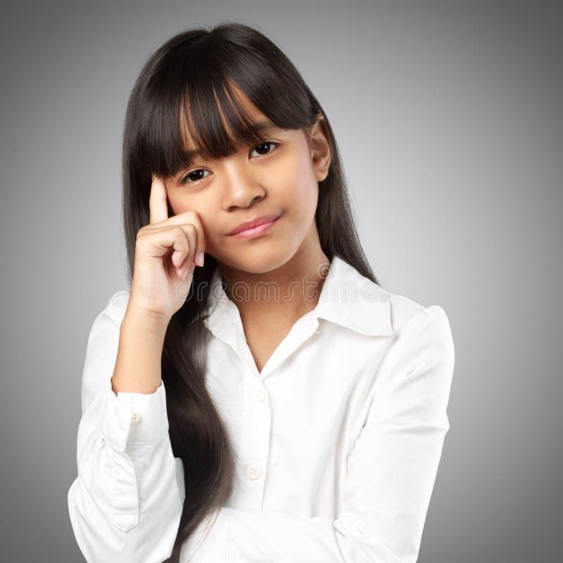 Напряжённая маленькая девочка стоковые изображения rf