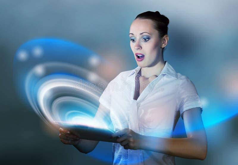 нарисованная наркоманией белизна вектора интернета иллюстрации руки стоковое изображение