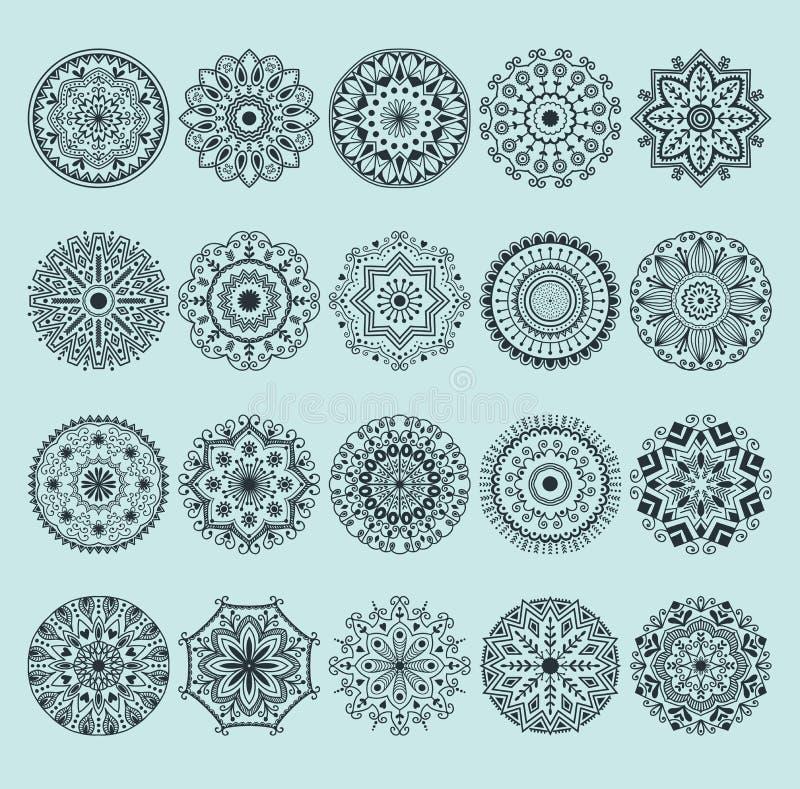 Нарисованные рукой цветки и Пейсли картины мандалы конспекта хны doodle страница расцветки Картина мандалы хны декоративная иллюстрация вектора