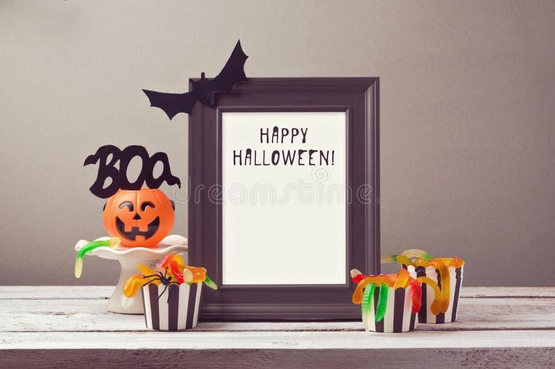 Насмешка плаката хеллоуина вверх по шаблону стоковые изображения rf
