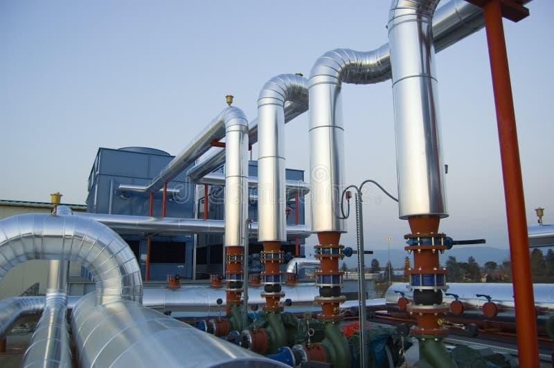 насосы завода кондиционирования воздуха стоковая фотография