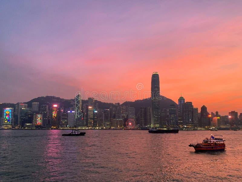 Наступление ночи в Гонконге стоковые фото