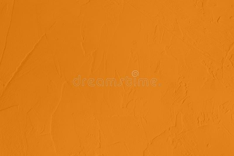 насыщенная желтая покрашенная предпосылка низкого контраста конкретная текстурированная с шершавостью и незакономерностями стоковое фото