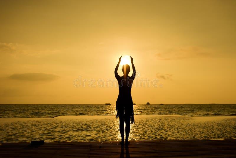 насладитесь заходом солнца стоковое изображение