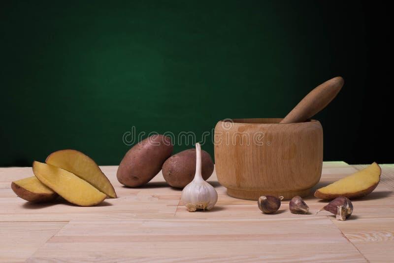 Натюрморт картошк-встал на сторону стоковые изображения