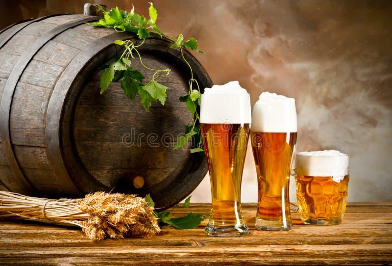 Натюрморт пива стоковая фотография rf