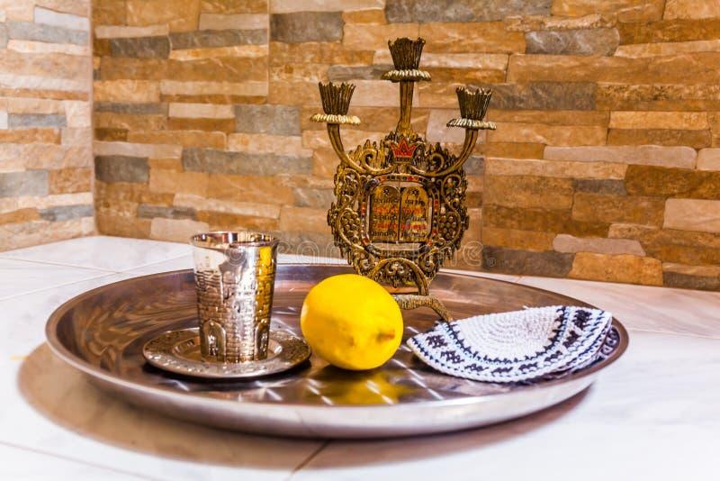 Натюрморт с объектами Judaica стоковые фото