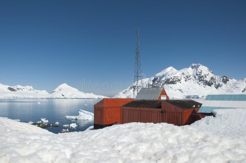 Научно-исследовательская станция в Antarctic стоковые фото