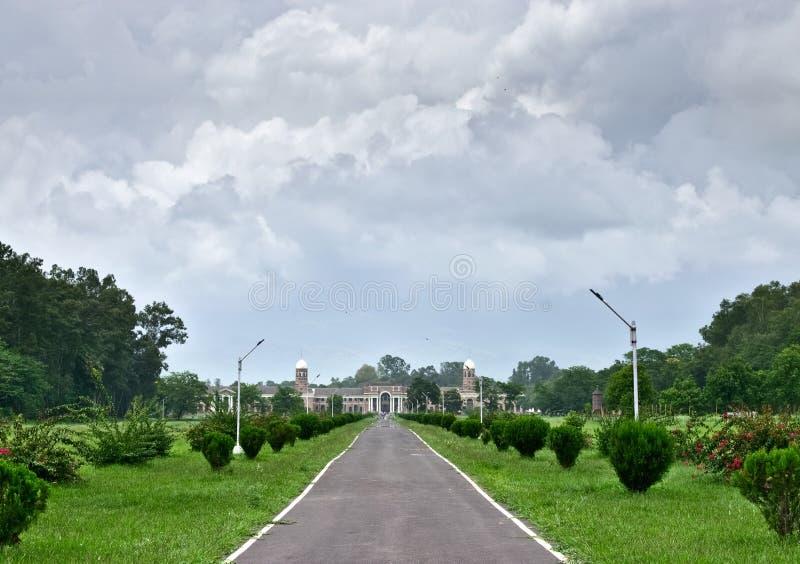 Научно-исследовательский институт леса, Dehradun стоковое фото