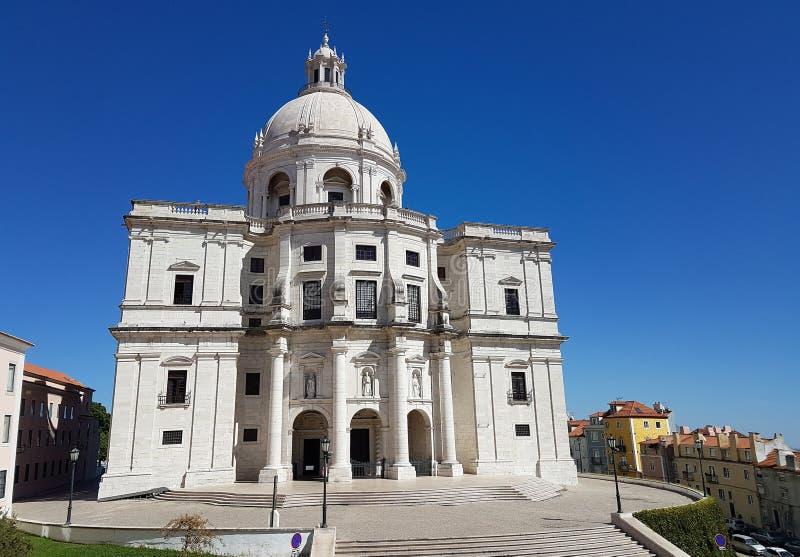Национальные пантеон или церковь Санта Engracia памятник семнадцатого века Лиссабона, Португалии стоковое изображение rf