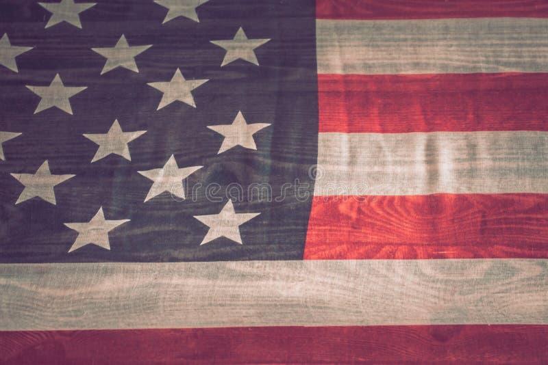 Национальные патриотические символы Старый американский флаг стоковые фотографии rf