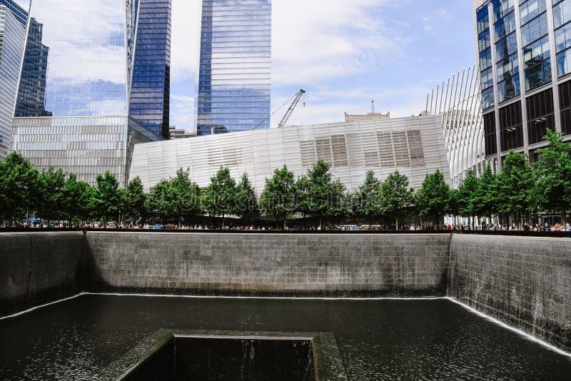 Национальный мемориал 11-ое сентября в Нью-Йорке стоковая фотография