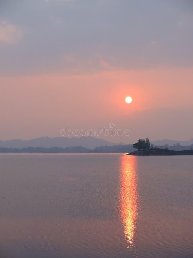 Национальный парк Khao Laem | Место красивых и природы в Таиланде стоковое изображение
