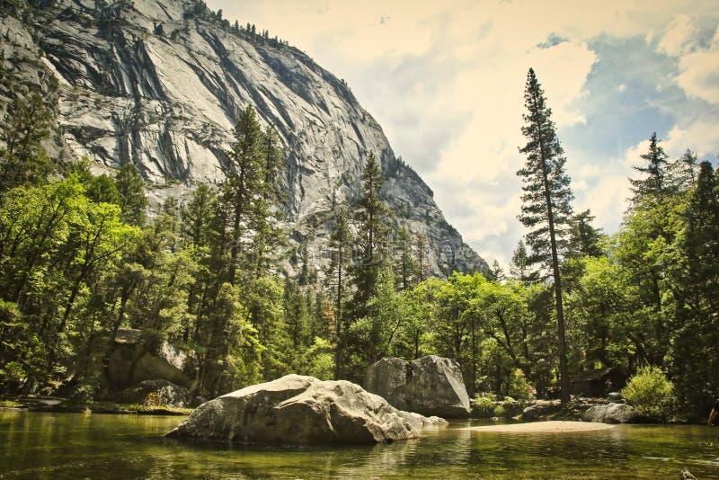 Национальный парк Yosemite озера зеркал стоковые изображения