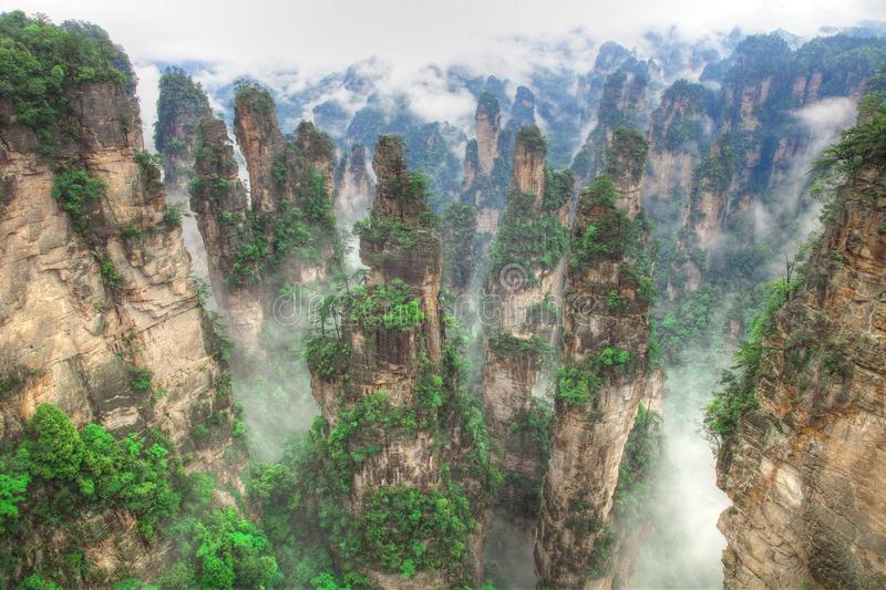 национальный парк zhangjiajie держателя hallelujah воплощения стоковая фотография rf