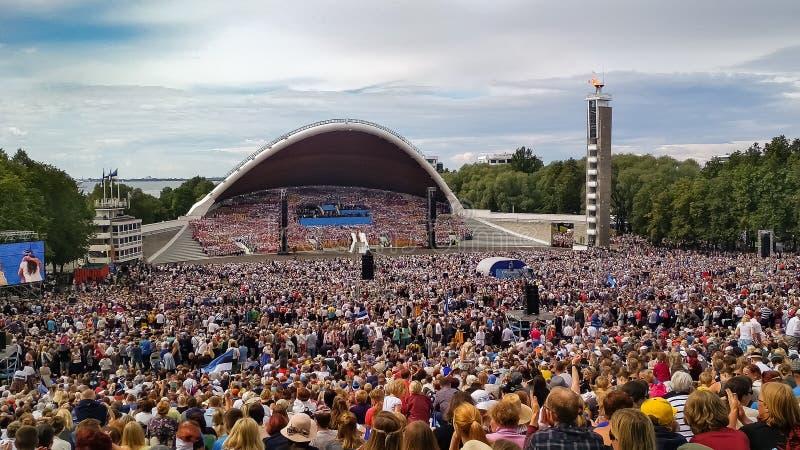Национальный фестиваль песни эстонское XXVII и танца стоковая фотография rf