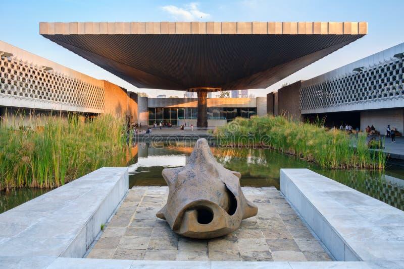 Национальный музей антропологии в Мехико стоковые фото
