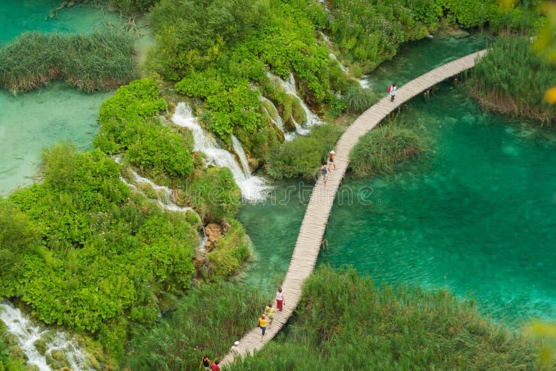 Национальный парк Хорватии, озер Plitvice над взглядом стоковые фотографии rf