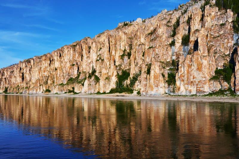 Национальный парк штендеров Лены на времени захода солнца стоковые изображения rf