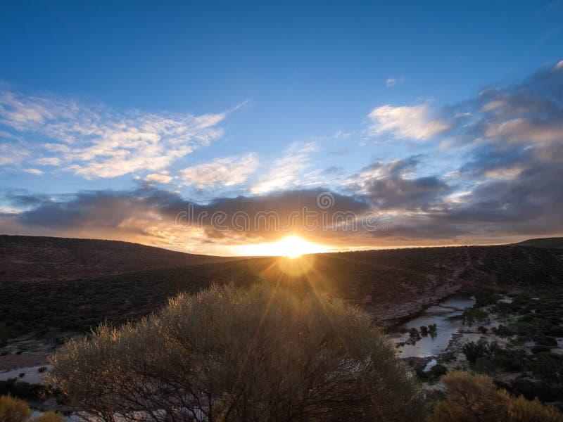 Национальный парк Kalbarri - заход солнца Австралия стоковая фотография rf