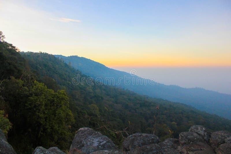 Национальный парк Phuhinrongkla стоковое фото rf