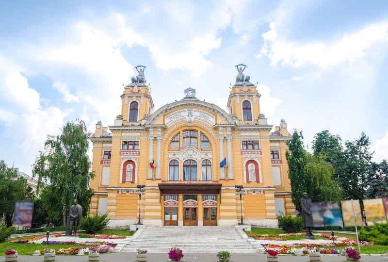 Национальный театр Cluj Napoca Трансильвании стоковая фотография rf