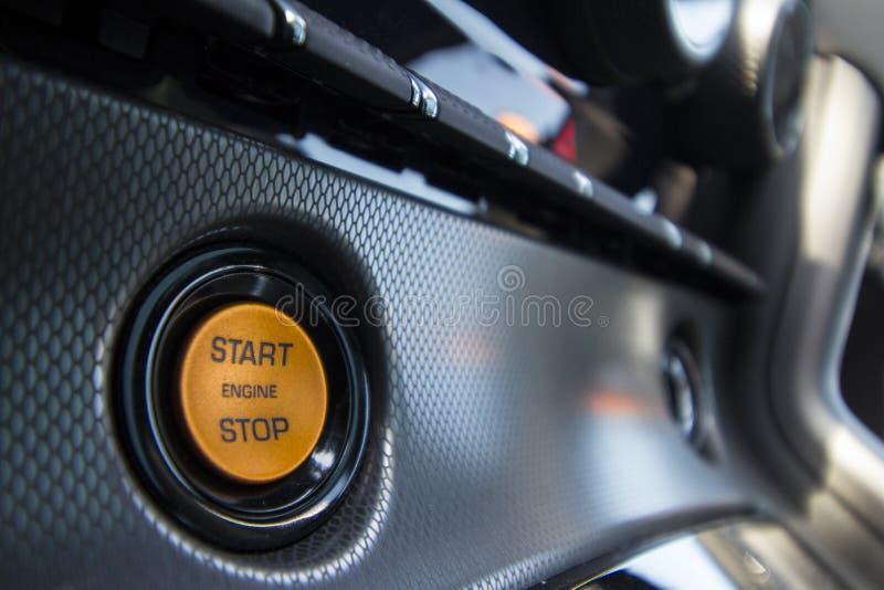 Начало и кнопка стоп двигателя стоковая фотография rf