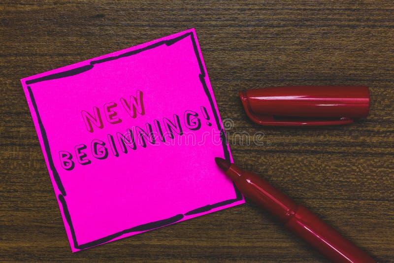 Начало текста почерка новое Концепция знача различную карьеру или работа начиная снова запуск возобновляют розовый бумажный важны стоковые изображения rf