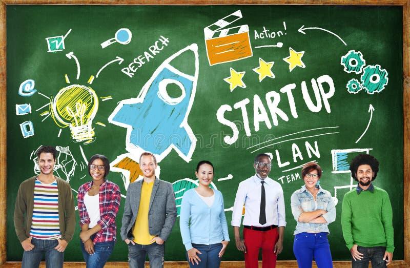 Начните вверх концепцию команды образования успеха в бизнесе стоковые изображения rf