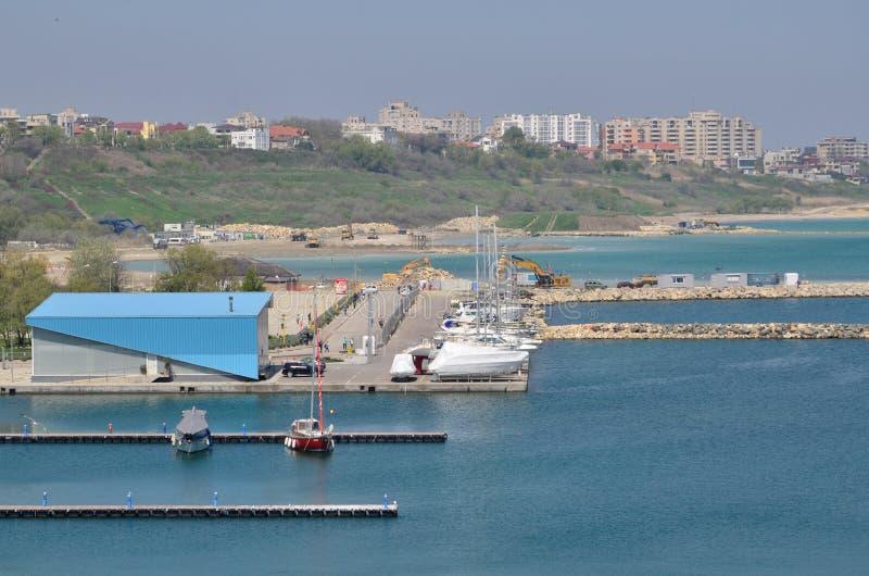 На взгляде порта Constanta Румынии Tomis стоковая фотография