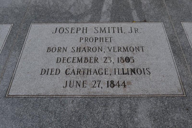 Надгробный камень младшего Иосиф Смита Hyrum Смит и Эмма Смит стоковые изображения rf