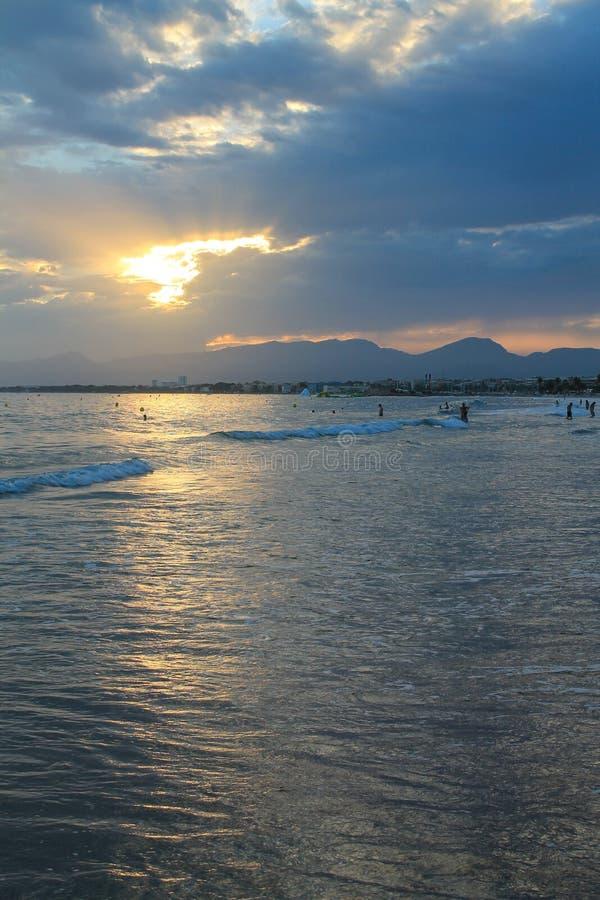 над заходом солнца Испании стоковая фотография rf
