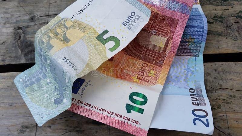 Наличные деньги евро стоковые фото