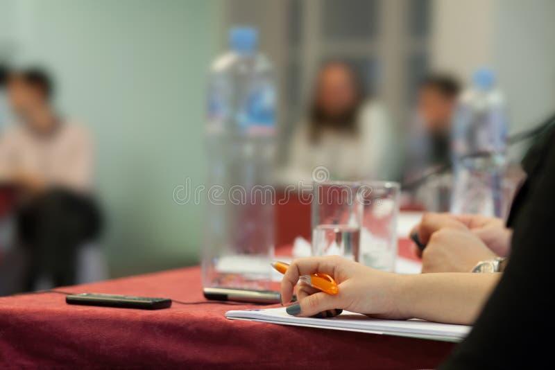На конференции стоковые фото