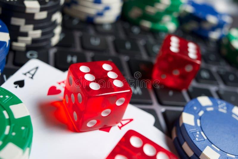 На линии концепции азартных игр стоковое фото rf