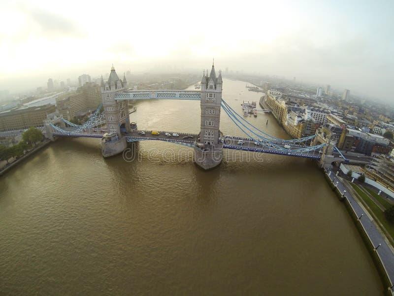 Над мостом Лондона стоковая фотография rf