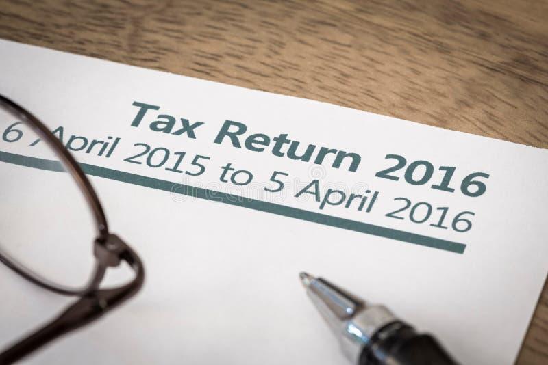 Налоговая декларация Великобритания 2016 стоковые фото