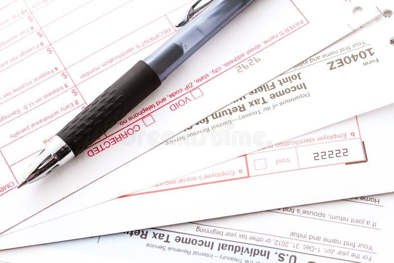 Налоговая декларация стоковые фото