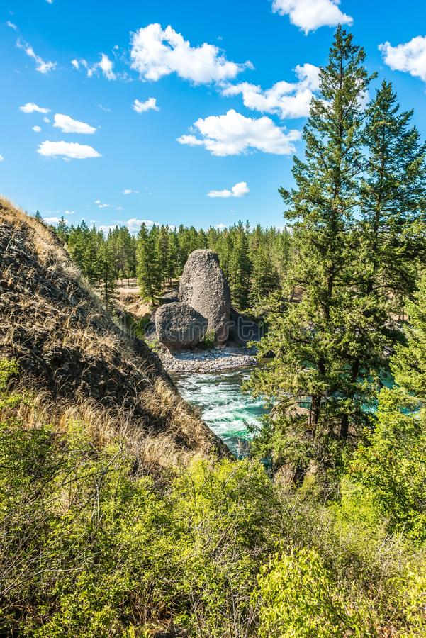 На парке штата шара и кувшина берега реки в spokane Вашингтоне стоковое фото