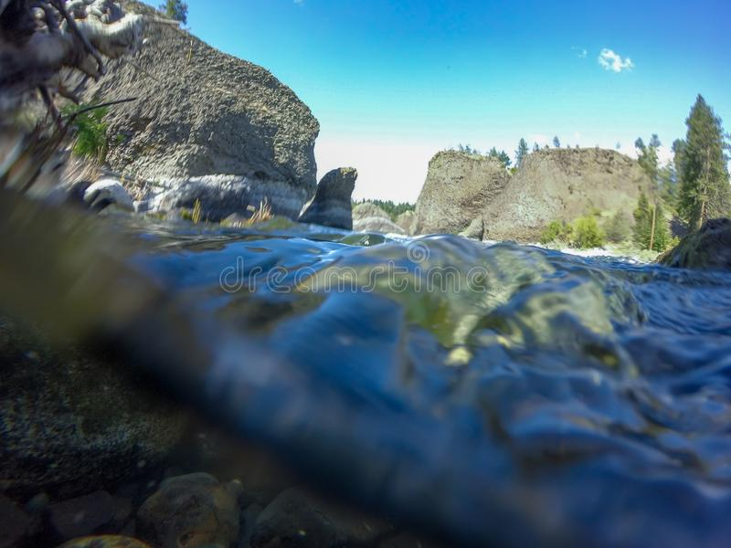 На парке штата шара и кувшина берега реки в spokane Вашингтоне стоковое изображение