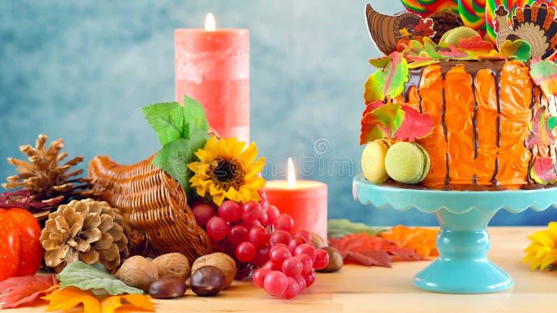 На торте потека новизны candyland благодарения тенденции стоковая фотография rf