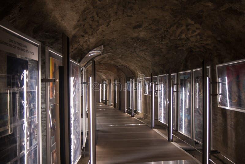 НЕАПОЛЬ, ИТАЛИЯ - 4-ое ноября 2018 Традиционный античный Колизей в Помпеи Традиционная итальянская архитектура стоковое фото rf
