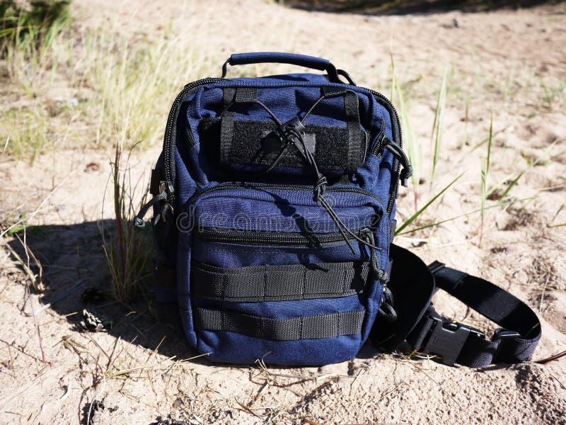 Небольшой красивый рюкзак Рюкзак соответствующий для города и перемещения стоковое изображение