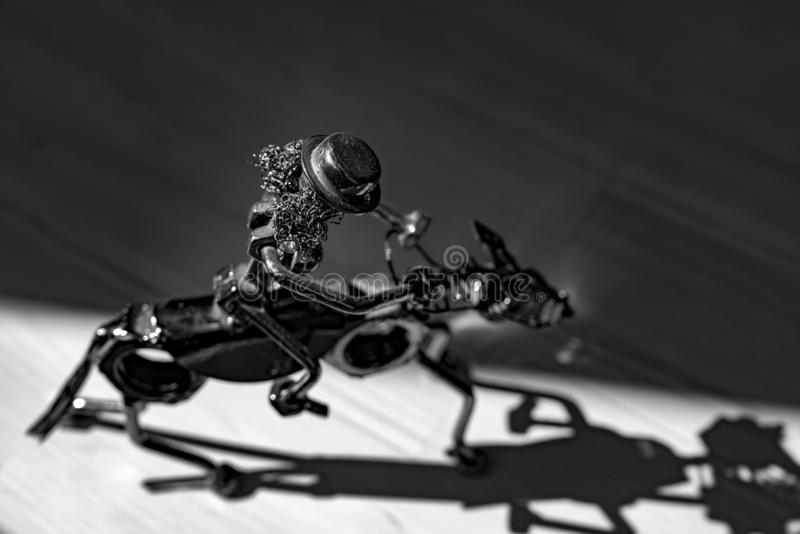 Небольшой figurine металла стоковая фотография
