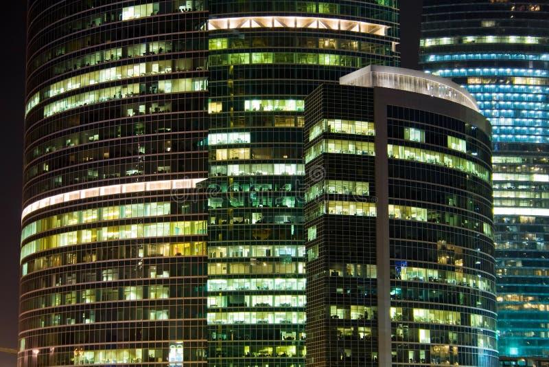 небоскреб ночи стоковое фото rf