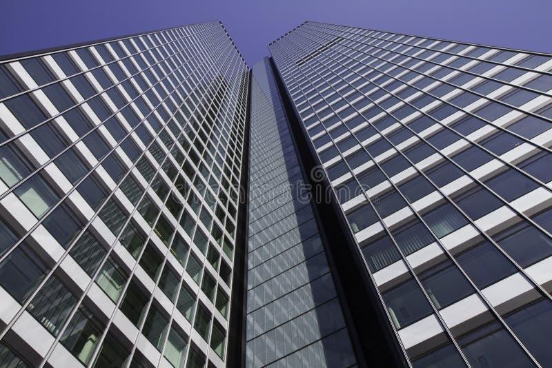 небоскреб frankfurt заречья финансовохозяйственный стоковое изображение rf